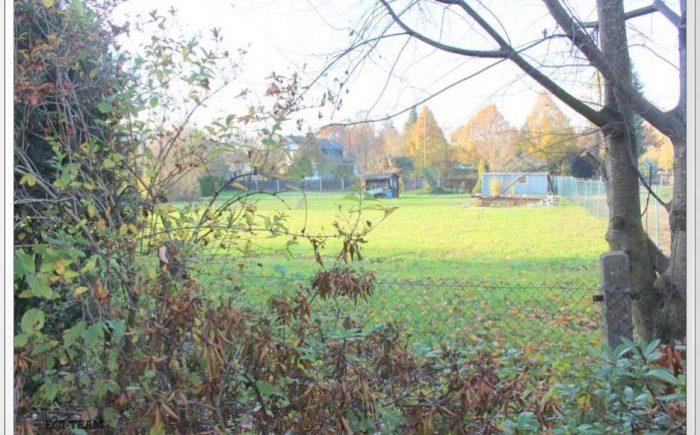Blick hinter das Grundstück